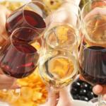 wijn en hapjes